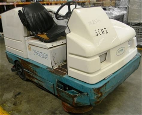 tennant floor scrubber australia walk floor scrubber tennant model 5400 battery