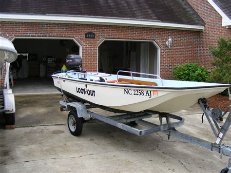 Boston Whaler Boats Forums by 13 Boston Whaler Sold The Hull Boating And