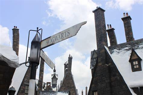 harry potter wir verlosen drei coole hogwarts fanpakete