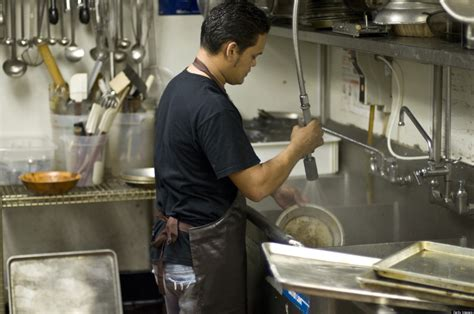Lowest Paying Jobs In America: 7 Out Of 10 Are In The Food ...