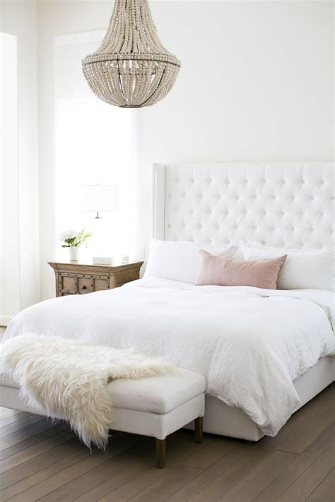 25+ Best Ideas About White Bedrooms On Pinterest  White