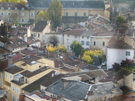 Bourg-en-bresse, étape Festive, Gastronomique, Dotée D'un