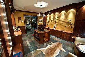 Gun Room - Traditional - Basement - Toronto - by Cambridge