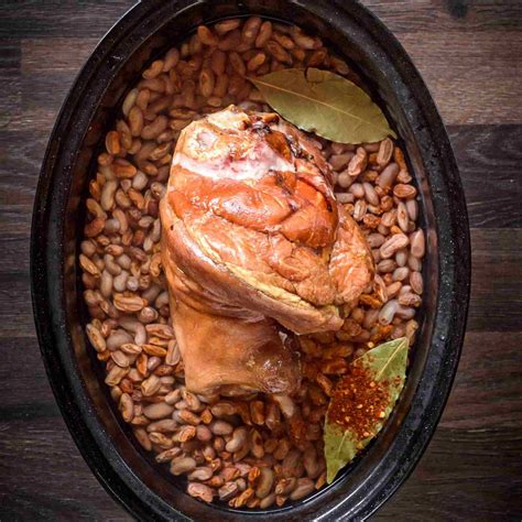 Pinto beans with ham hocks is a mainstay on tables throughout the south. Southern Pinto Beans With Ham Hocks Recipe, Crock Pot