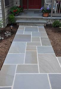 Awesome bluestone pavers for pathway in patio design ideas for Charming bluestone pavers for driveways