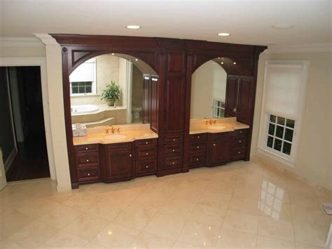 kitchen cabinet crown molding kitchen and cabinet crown molding