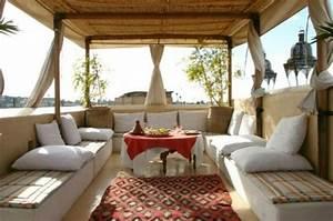 Balkon Gestalten Orientalisch : den balkon gestalten 3 einfache schritte f r die fr hlingszeit ~ Eleganceandgraceweddings.com Haus und Dekorationen