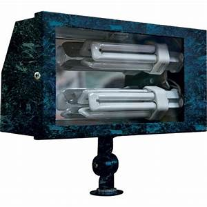Filament design adrien light verde green outdoor flood