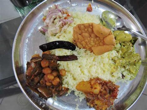 colombo cuisine top 6 sri lankan food to taste for the