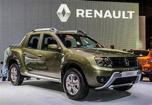 4x4 Renault Pick Up : renault reveals all new 2015 duster oroch its first ever pick up auto news ~ Maxctalentgroup.com Avis de Voitures
