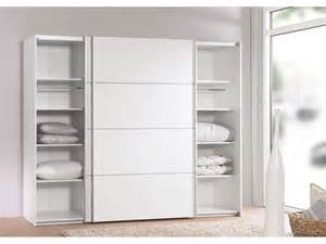 Armoire Basse Chambre Porte Coulissante by Armoire 2 Portes Coulissantes 240 Cm Verona Coloris Blanc