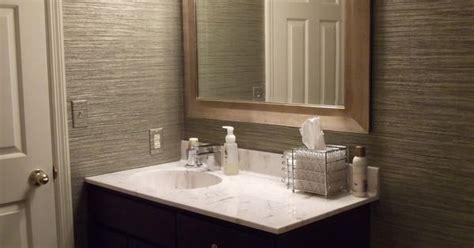 vinyl grasscloth wallpaper   guest bathroom