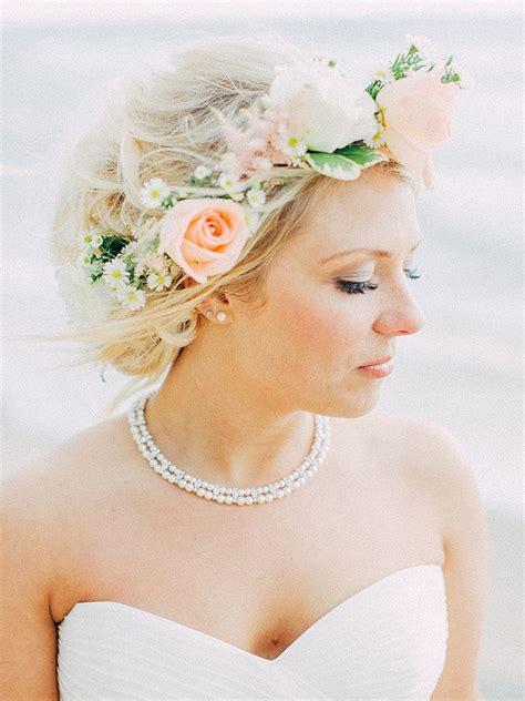 dreamy flower bridal crowns perfect   wedding