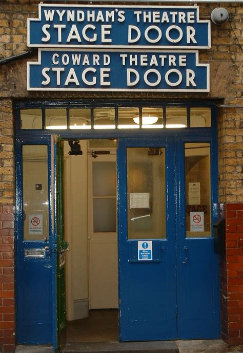 stage door theater file wyndhams theatre stage door jpg wikimedia