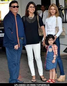 Rishi Kapoor with Neetu Singh and daughter Riddhima Kapoor ...