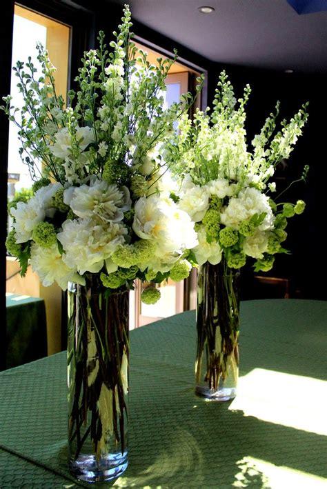 Best 25  Flower arrangements ideas on Pinterest   Floral arrangements, Diy flower arrangements