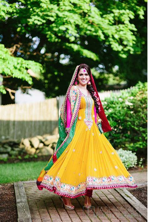 latest bridal mehndi dresses designs collection