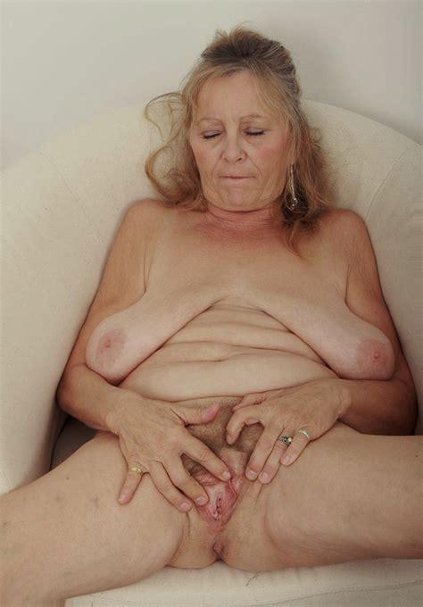 nude granny image 137407