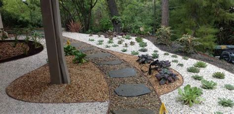 decorative gravel for landscaping 5 gravel landscape ideas