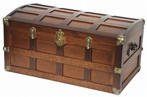 Amish Hardwood Steamer Trunk With Cedar Bottom From