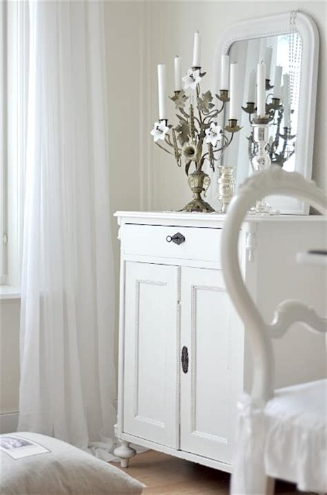 All White Home Interiors by Stylish Home All White Interiors