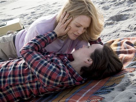 'Freeheld' Review: Julianne Moore and Ellen Page Star in ...