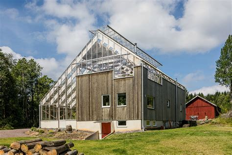 gorgeous solar powered greenhouse home  sweden hits