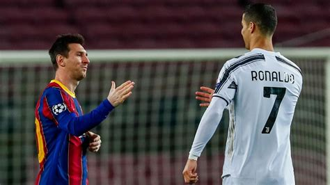 Ronaldo nets brace Messi with 2 goals in Juve's 3-0 win at ...