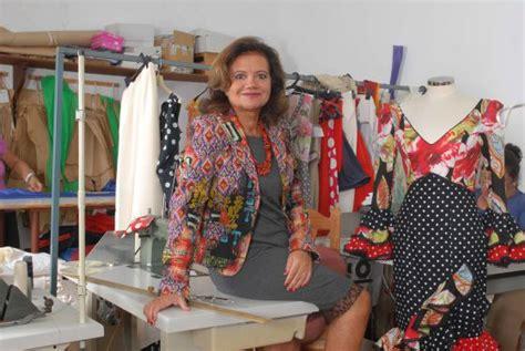una emprendedora  viste flamenco economia el pais