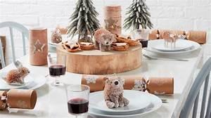 tendance noel 2018f idees deco table et sapin cadeaux With salle de bain design avec décoration de buche de noel comestible