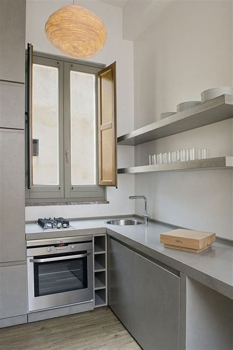 cocina  microcemento en estantes encimera  mueble en