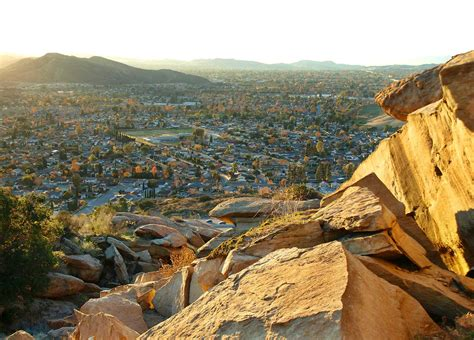 valley ca 15 reasons why you should move to simi valley yupsold