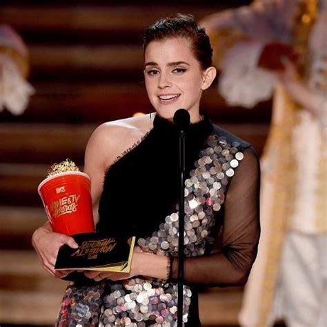 Beauty The Beast Emma Watson Becomes First Winner