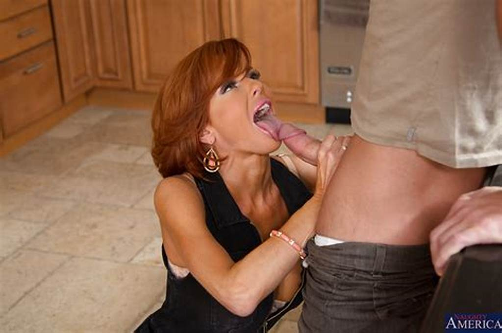 #Decent #Redhead #Milf #Veronica #Avluv #Gifts #Her #Best #Blowjob