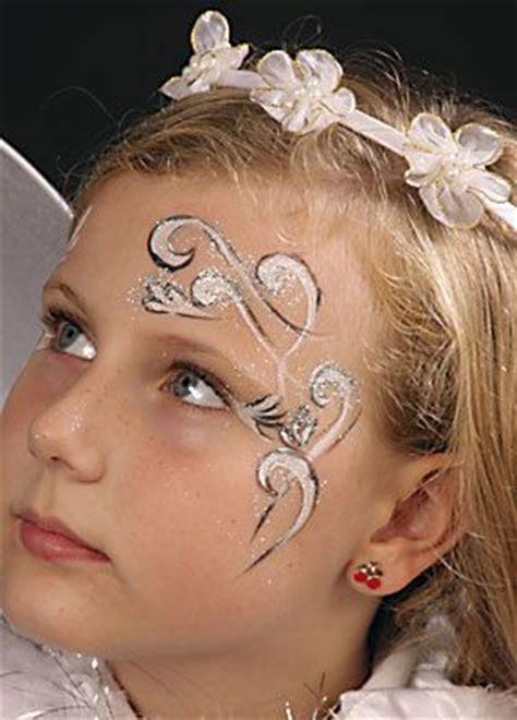 kinder schminken anleitung eyelashes kinder schminken schminken zu karneval schminken anleitung tipps motive vorlagen