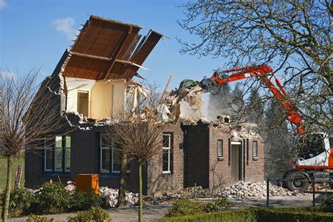 cost  demolishing  house