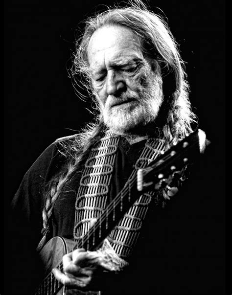 willie nelson mm group entertainment