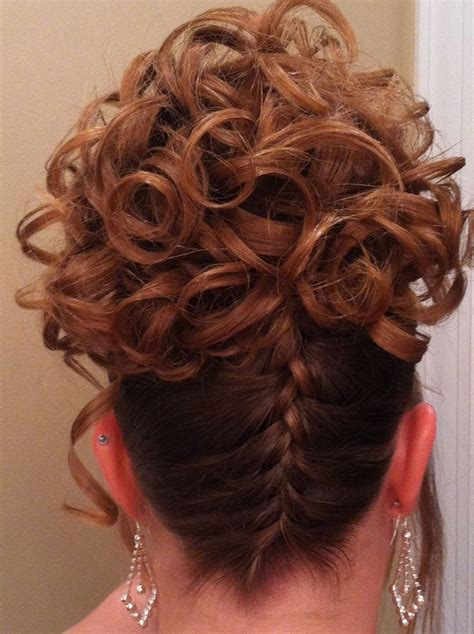 Hairstyles With Braids And Curls by Braid Curls Braid With