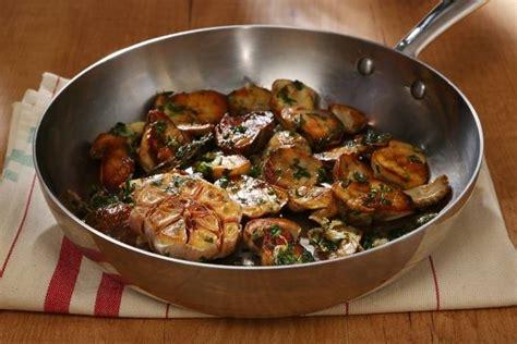 cuisiner chignons de frais a la poele recette de poêlée de cèpes à la bordelaise facile et rapide