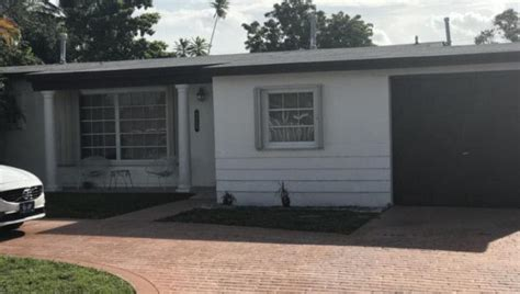 hialeah ct 15th fl florida deals wholesale estate sold living