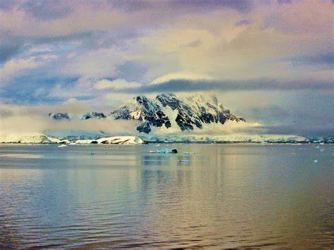 Учени разкриха останки от изчезнали континенти под ...