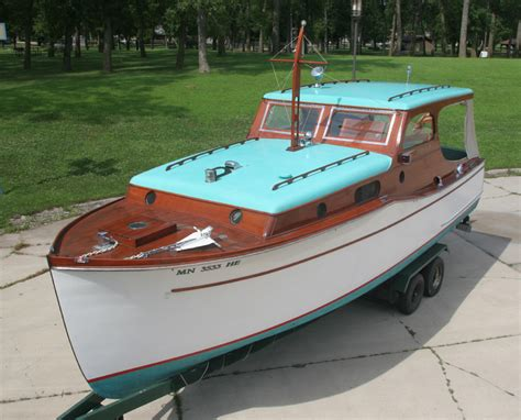 cabin cruisers for 1936 chris craft 28 wooden cabin cruiser for