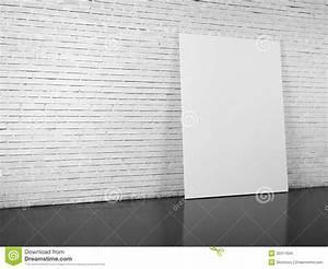 Mur Brique Blanc : panneau d 39 affichage vide au dessus du mur de briques blanc photo stock image du promotion ~ Mglfilm.com Idées de Décoration