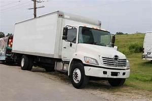 Hino 338 Box Truck  2009    Van    Box Trucks