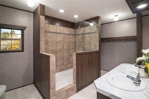 shiloh    shower pan baymont bathware