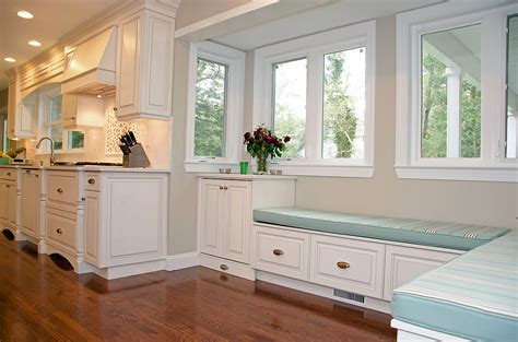 Light and Spacious Kitchen Brielle NJ by Design Line Kitchens