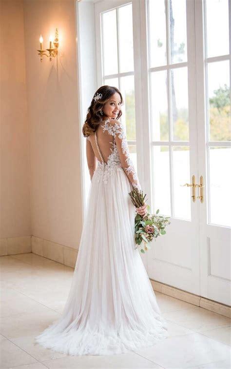 Now & Forever: The Fall 2018 Stella York Wedding Dress
