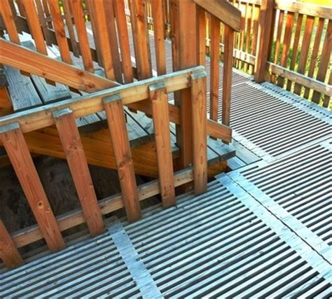Treppengeländer Außen Holz by Treppengel 228 Nder Aus Holz F 252 R Au 223 En Home Ideen
