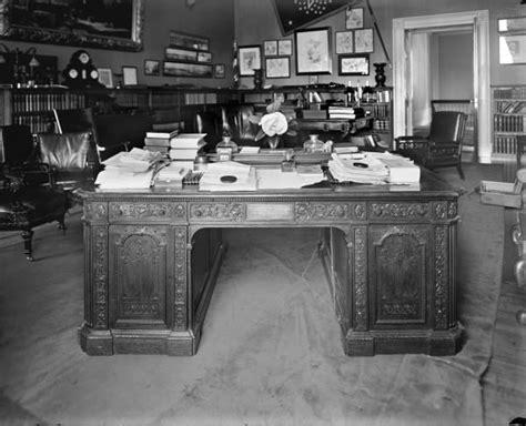bureau de la maison blanche le resolute desk le bureau de la maison blanche