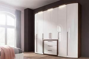 Kleiderschrank Mit Beleuchtung : kleiderschr nke m bel h bner ~ Sanjose-hotels-ca.com Haus und Dekorationen